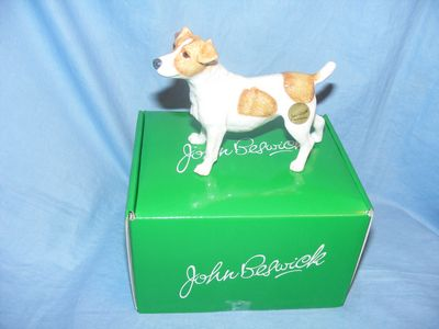 John Beswick JBD101 Jack Russell Black and White Dog Figurine